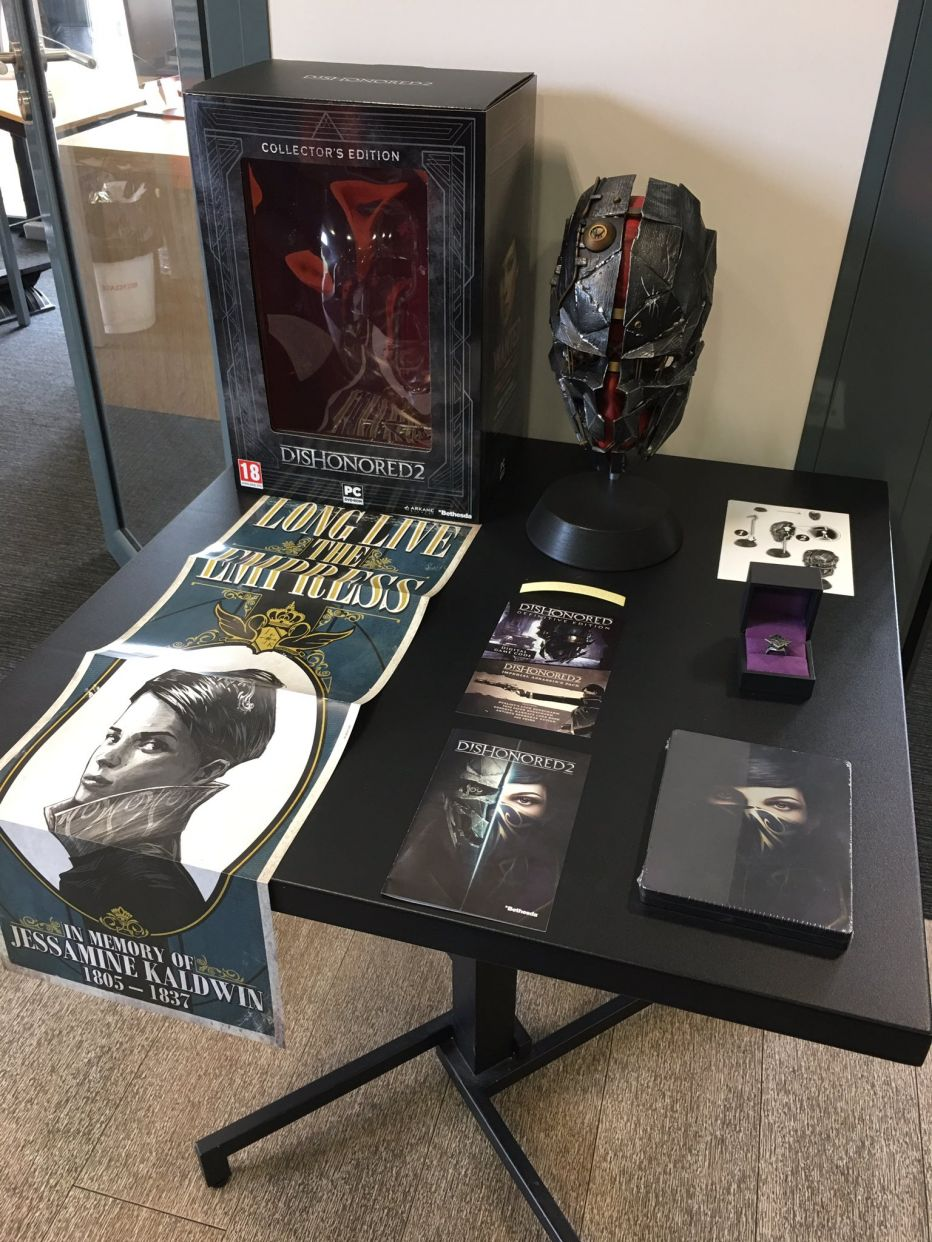 Первые фото Dishonored 2 collector's Edition